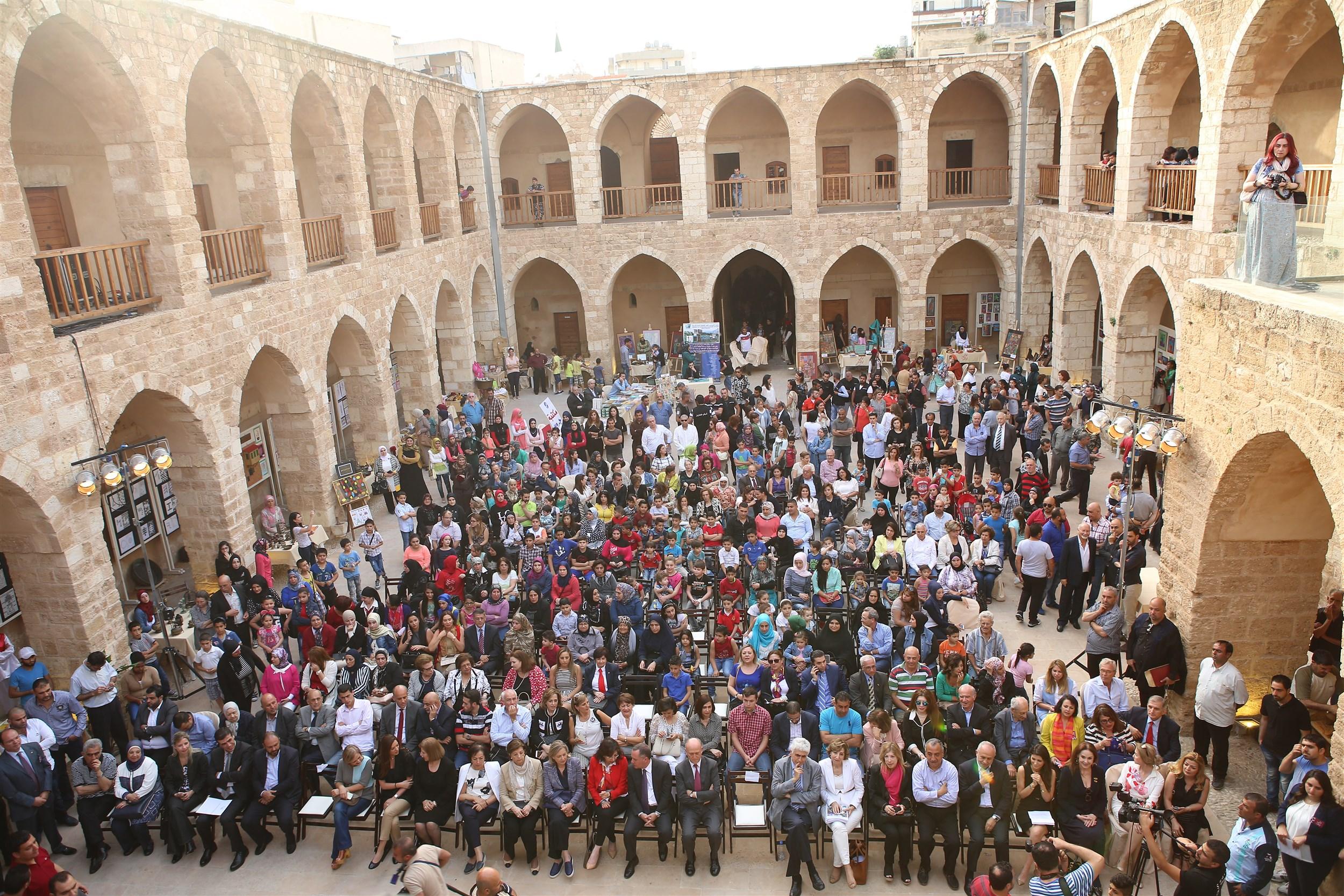 it was a full house in khan al askar